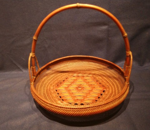 Bamboo basket  round and flat type with handle
