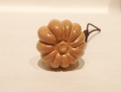 Netsuke pumpkin small